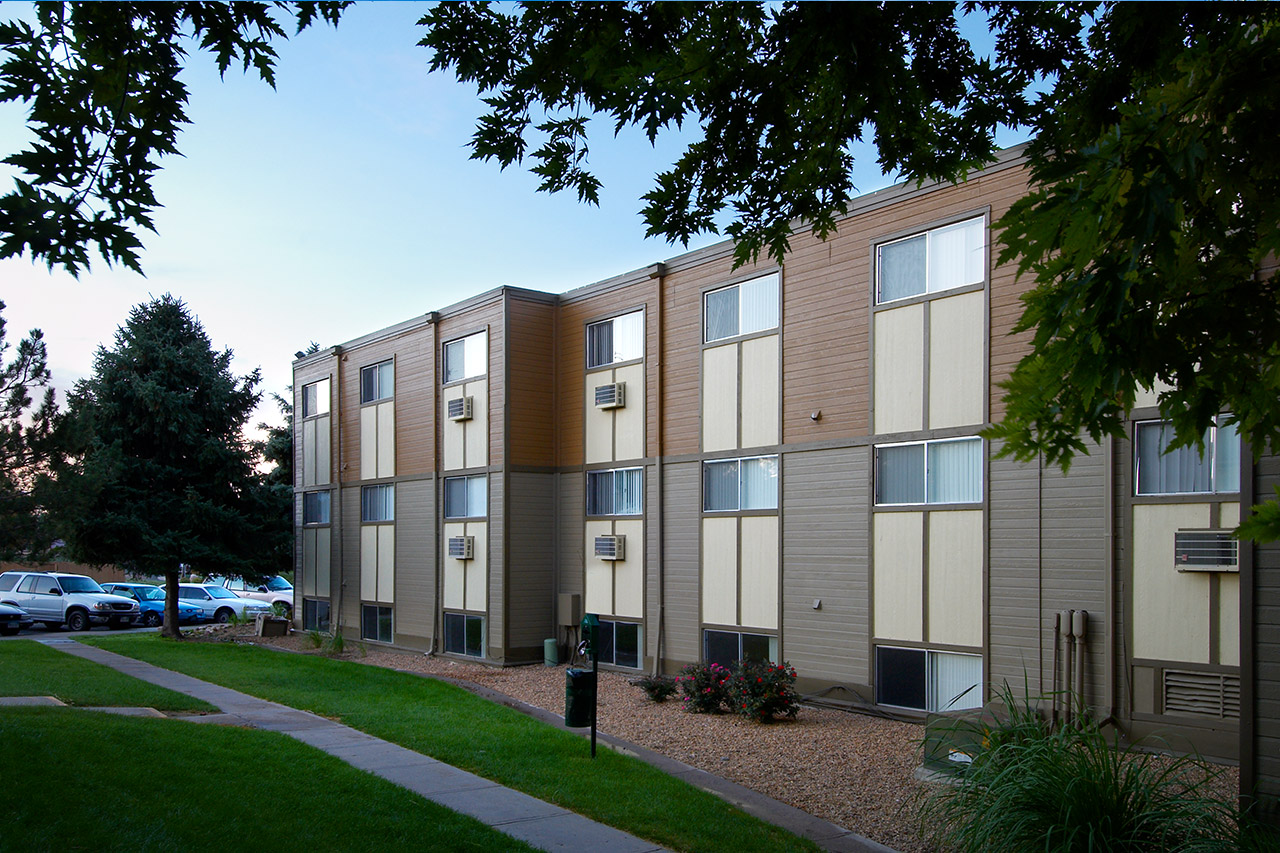 Three Bedroom Apartments In Denver Colorado Low Income Apartments Denver Mountain Terrace